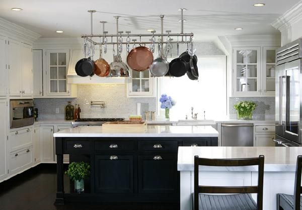 Kitchen Cabinets With Black Kitchen Island