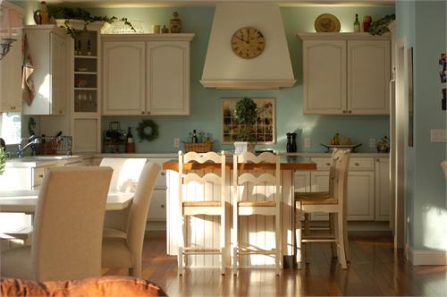 french country kitchen blue white