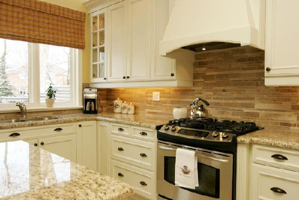 Should You Continue The Granite Onto Backsplash It S Busy As Well There Enough Going On With What Just Sitting Countertops