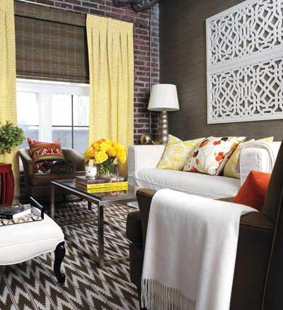 Cozy Living Rooms on Cozy Living Room Design In Brown Walls White Sofa And Yellow Curtains